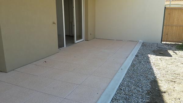 chantier carrelage pour dalles et carrelage sur plots h rault. Black Bedroom Furniture Sets. Home Design Ideas
